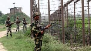 Pakistani troops again target Indian posts in Jammu