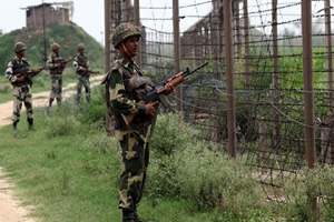 Heavy overnight firing exchanges between India and Pakistan in Kashmir