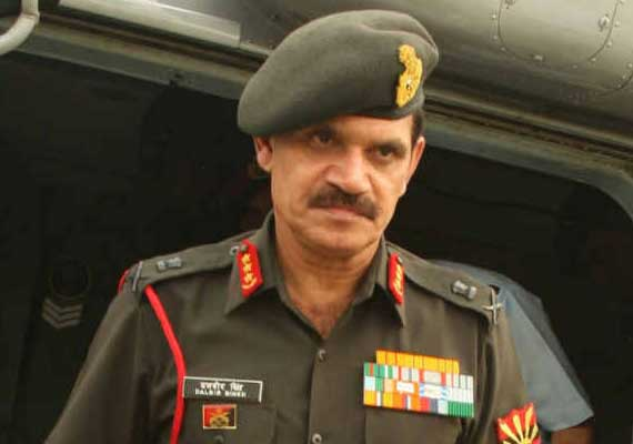 Pakistan continues to support militants in Kashmir: Army chief