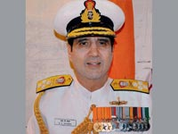 Indian Navy chief calls for  high combat readiness