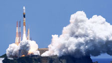 Japan launches optical spy satellite