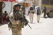 New Zealand troops set up base in Iraq