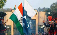 US hopes India, Pakistan will resolve issues.