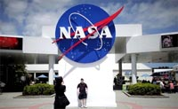 NASA seeks students  ideas to land manned probe on Mars