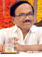 Parsekar invites defence equipment makers to Goa
