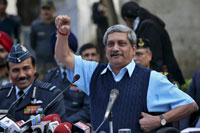 Pakistani team can't enter IAF base, only crime scene: Parrikar