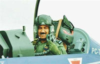 IAF chief flies Tejas fighter trainer in Bengaluru