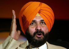 Navjot Sidhu likely to be AAP's chief ministerial face in Punjab