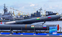 Russia, India may hold first aircraft  launches of BrahMos missile by yearend