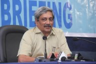 IAF does not fly aged aircraft: Parrikar