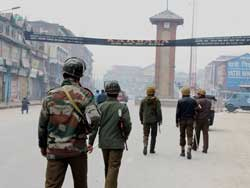 Toll rises to 75, Kashmir closed for 59th consecutive day