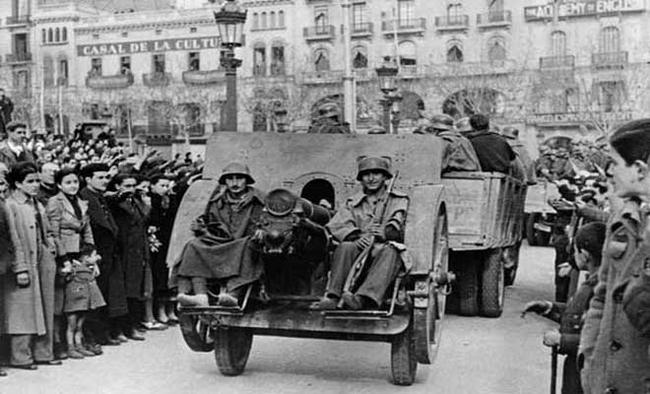 Partisans and observers: A literary view of the Spanish Civil War