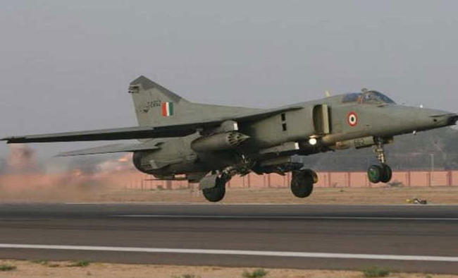 Navy MiG-29K diverted to Mangaluru after technical glitch