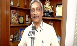 Army did not give adequate protection to Purohit: Parrikar