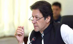 Imran extends olive branch to India, says war not an option
