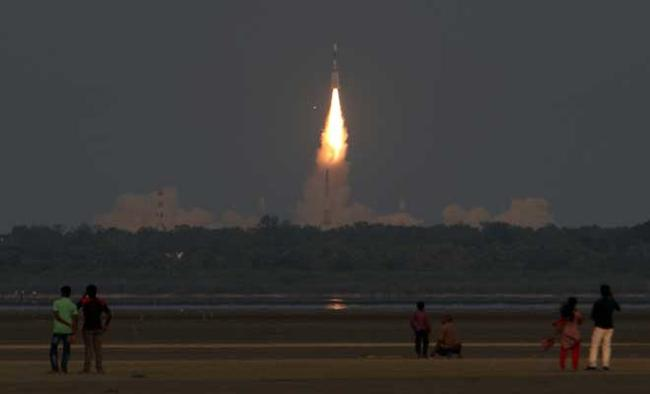 India successfully launches GSAT-6A communication satellite