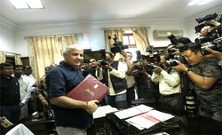 Delhi government presents 2018-19 budget