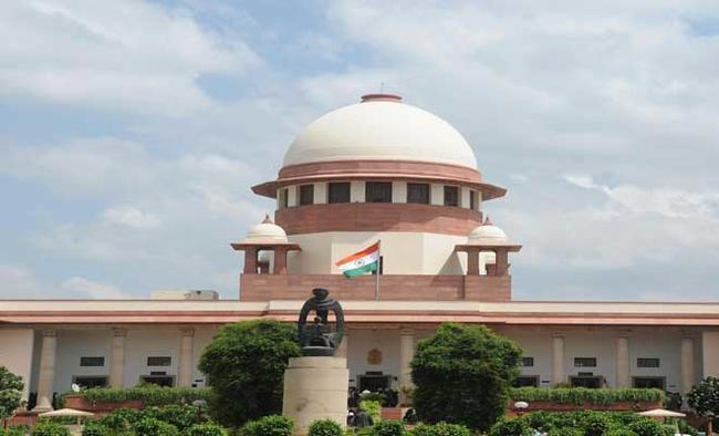 SC sets aside law allowing government bungalows to former UP CMs