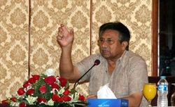 Haven't quit politics, says Musharraf