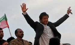 Imran Khan's PTI marches ahead amid 'glitches' in Pakistan election