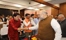 Centre''s motive is to minimise RTI applications: Shah
