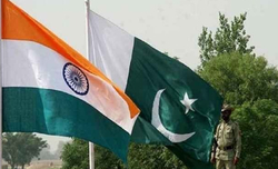 Desperate Pak says India creating smokescreen over Kashmir