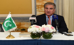 Pak ready for talks if India revisits its Aug 5, 2019 decisions: Qureshi