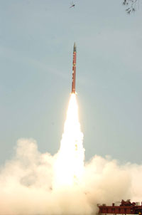 India successfully tests n-capable Agni II