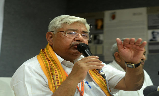 Government must come out with ordinance on Ram temple in Budget Session: VHP chief
