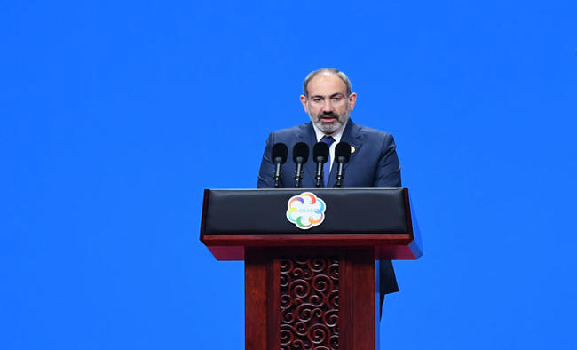 Armenian Prez, PM at odds over new army chief's appointment